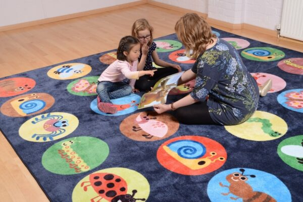 Mini Beasts Placement Carpet for classrooms, nurseries and kindergartens | Edusentials